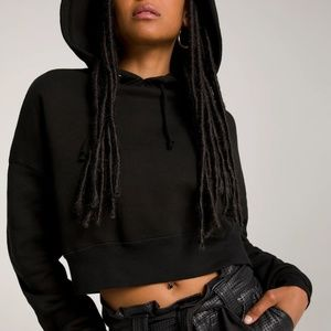 Good American Cropped and Cool Hoodie Black Size 2